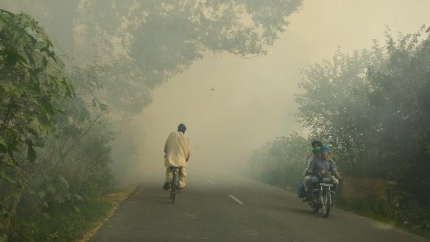 """बजट 2019: वायु प्रदूषण का ज़िक्र नहीं, """"ब्लू स्काइ"""" विज़न गायब"""