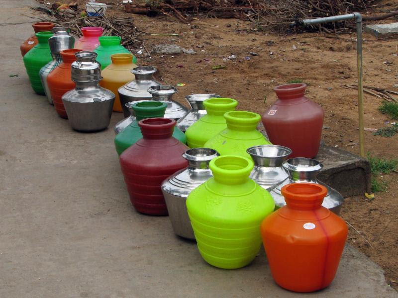 हाहाकार के बीच सरकारी झुनझुना: सबको मिलेगा 2024 तक पीने का पानी