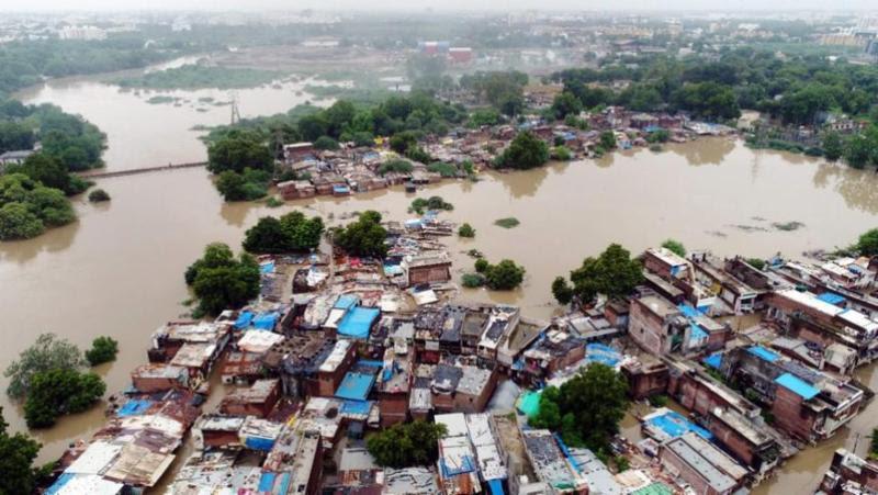 बारिश से होने वाली आपदा में हर साल जा रही हैं 2000 जानें