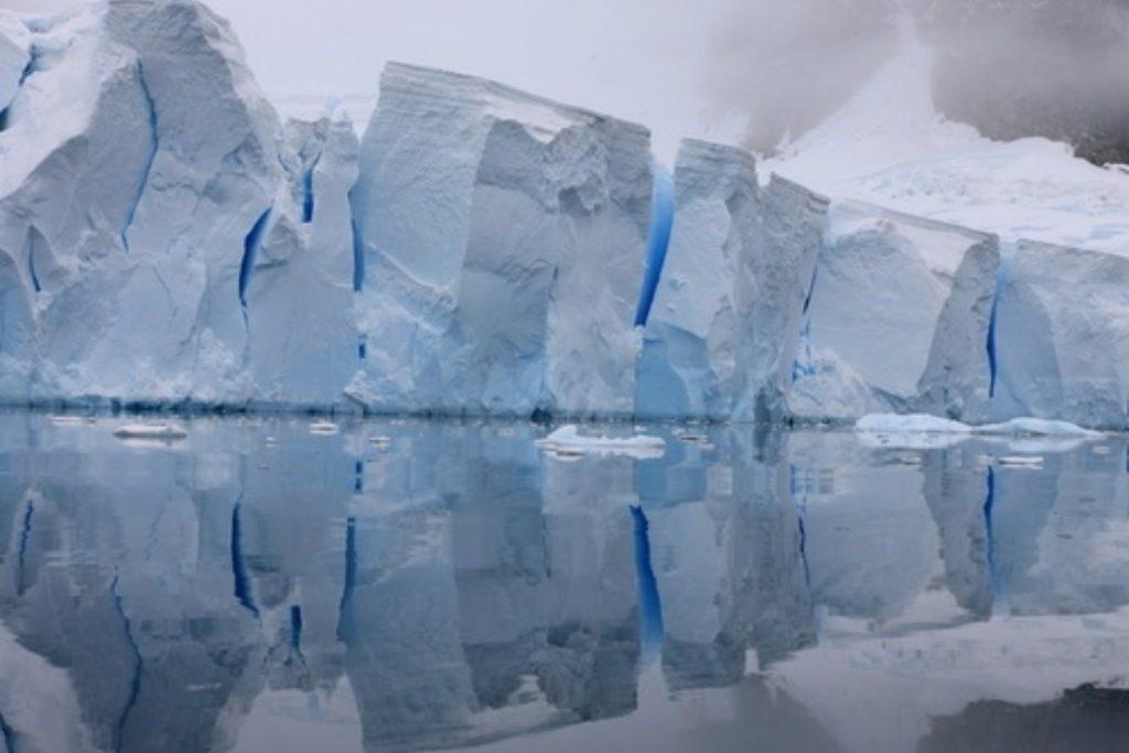 कार्बन उत्सर्जन नहीं घटा तो समंदर में समा जायेंगे कई शहर: IPCC