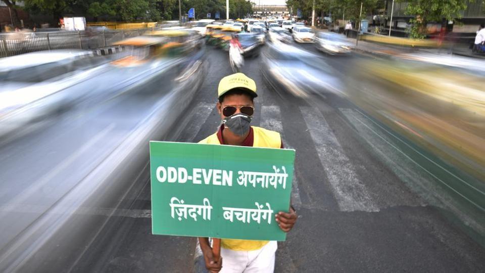 दिल्ली में फिर लागू होगी ऑड-ईवन, प्रदूषण के आंकड़ों को लेकर विवाद