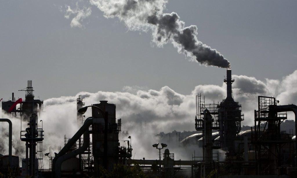 मंदी का असर: ईंधन की मांग गिरी