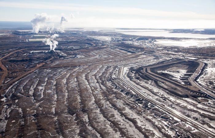 कनाडा: पर्यावरणीय नियमों की निगरानी का बजट कम किया