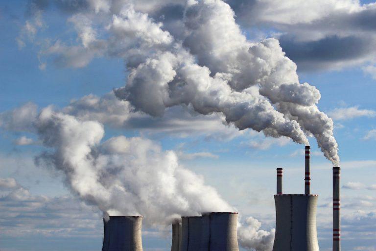 कोयला बिजलीघरों को बन्द कर बचा सकते हैं 1.1 लाख करोड़