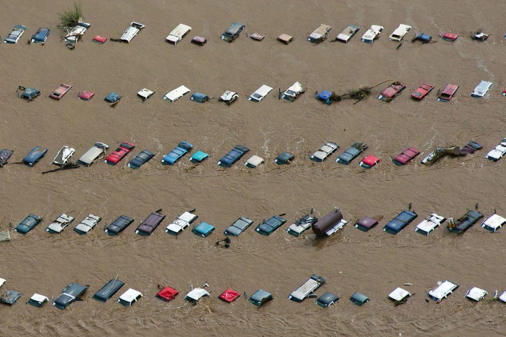जलवायु परिवर्तन ने तोड़ी 2020 में अर्थव्यवस्था की कमर