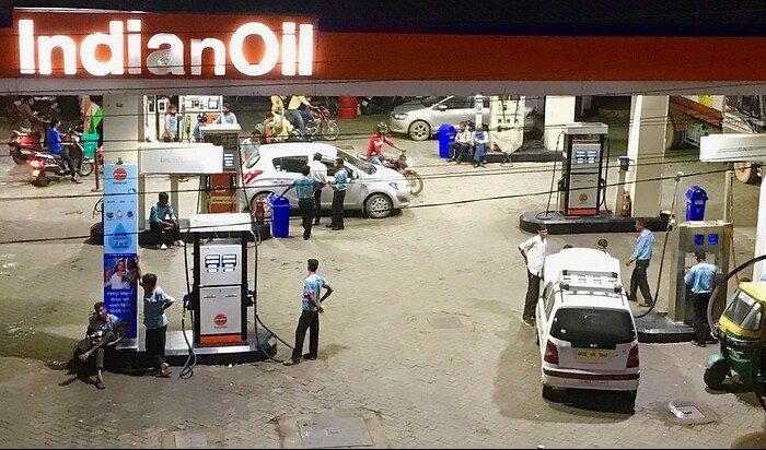 पेट्रोल-डीजल से होती है सरकार को मोटी कमाई, फिर कैसे होगा एनर्जी ट्रांजिशन!