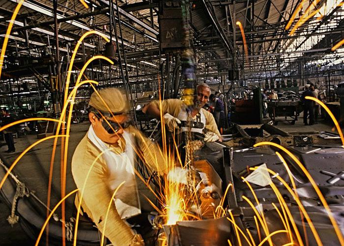 बढ़ते तापमान का सीधा असर भारत के औद्योगिक उत्पादन पर