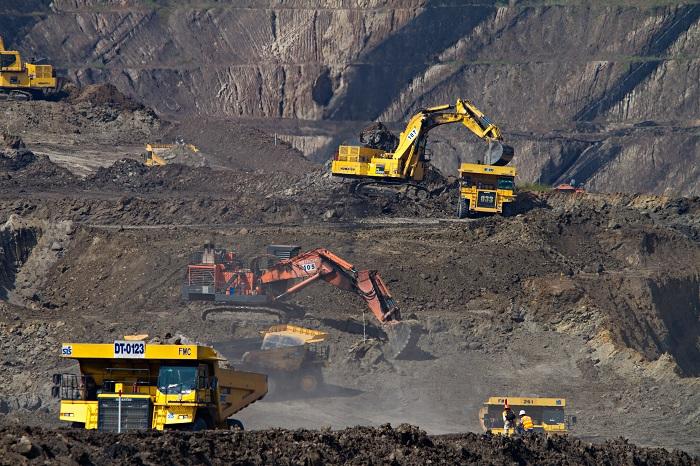 नेट-ज़ीरो: क्या कोयले की कोठरी से निकलना आसान है?