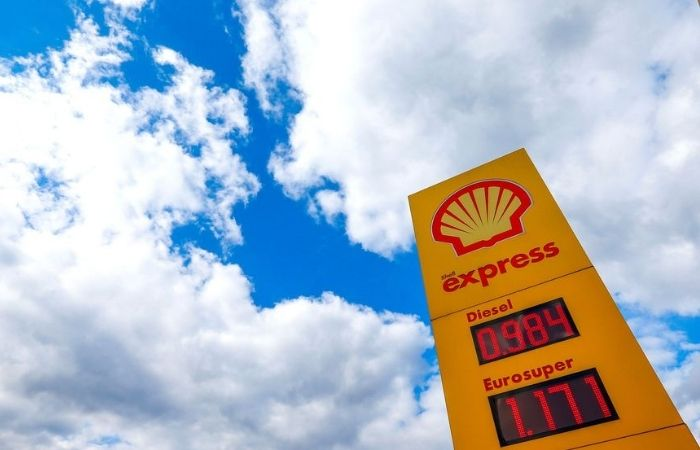 हॉलैंड: तेल और गैस कंपनी को कोर्ट का कड़ा आदेश