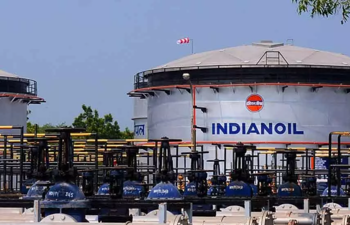 इंडियन ऑइल जीवाश्म ईंधन कारोबार में करेगा 1300 करोड़ डॉलर का निवेश
