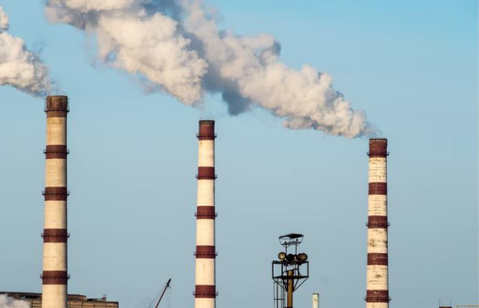 पेरिस समझौते के बाद दुनिया में अधिकांश कोयला बिजलीघर प्लान रद्द हुये, चीन अब भी सबसे बड़ी समस्या
